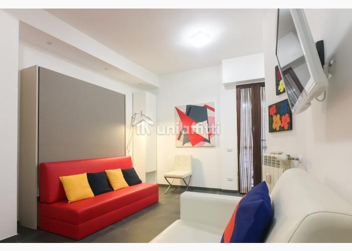 Appartamento Piazza Albania 10