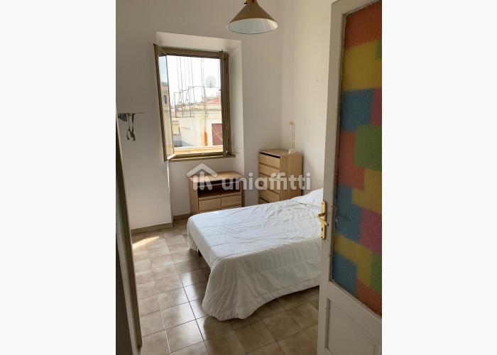 Camera Singola Via la Spezia