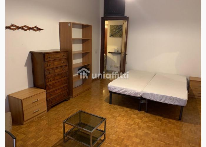 Appartamento Via Renzo da Ceri
